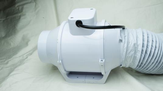 Cirrus ME簡易陰圧・排気システム EVU-5